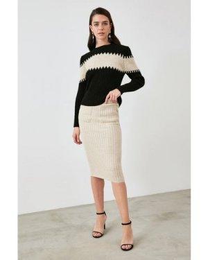 Trendyol Little Mistress x Trendyol Knit Skirt Co-ord With Stripe size