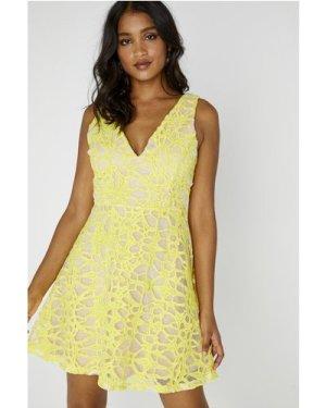 Sunshine Sleeveless Plunge Dress size: M, colour: Yellow