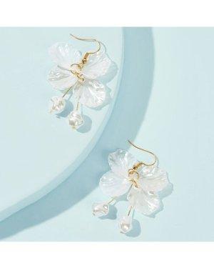 Shell Decor Drop Earrings