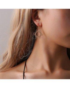 Hollow Sun Shaped Drop Earrings 1pair
