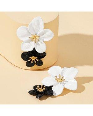 Two Tone Double Flower Earrings 1pair
