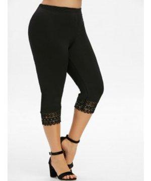 Plus Size Lace Crochet Cropped Leggings