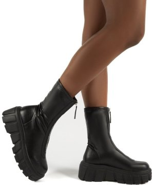 Domino Black PU Zip Up Chunky Sole Ankle Boots - US 9