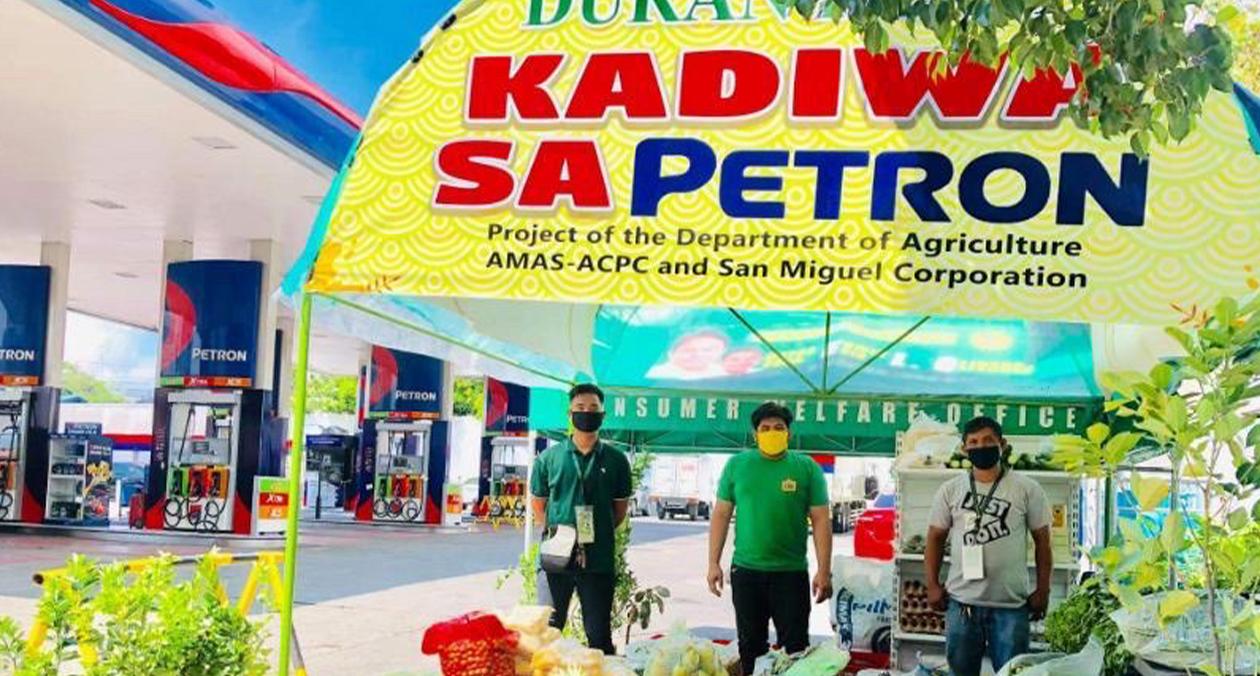 Kadiwa-sa-Petron_1
