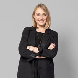 Rachael Scholten Vice President, Starcom Content Roku