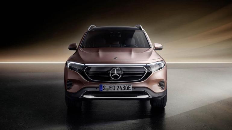 Frontale Mercedes EQB