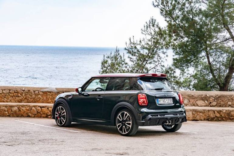 Posteriore Mini John Cooper Works restyling 2021