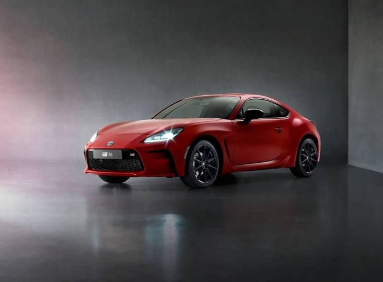 Nuova Toyota GT86 2021