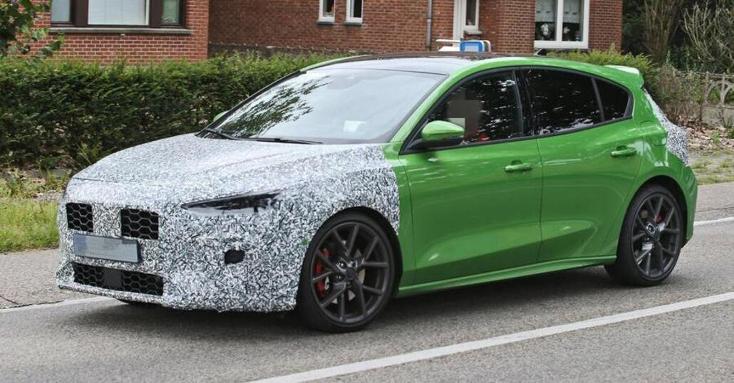 Anteriore restyling Ford Focus ST 2022