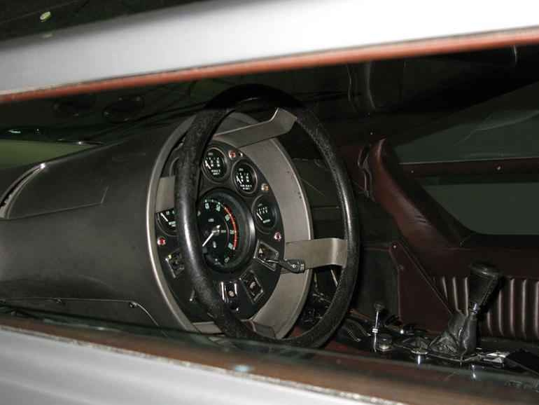 Volante della Maserati Boomerang
