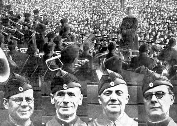 Fra fælleskoncerten i Fælledparken med de genoprettede musikkorps. Indsat i billedet de fire musikdirigenter – fra venstre: Hans W. Kofoed, Carl Simonsen, Tage Juul Christoffersen og Aage V. Beyer.