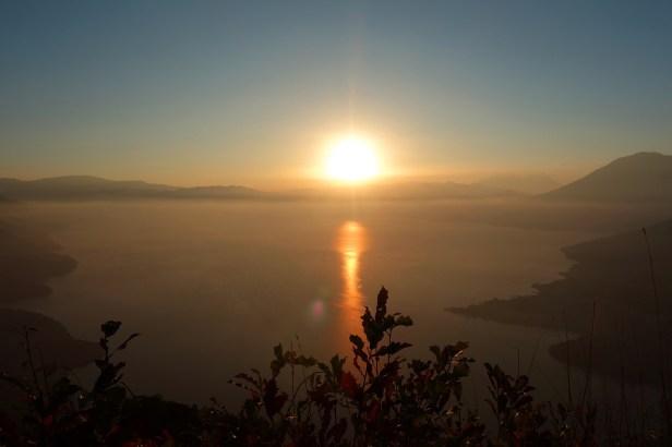 amanecer-lago-atitlan