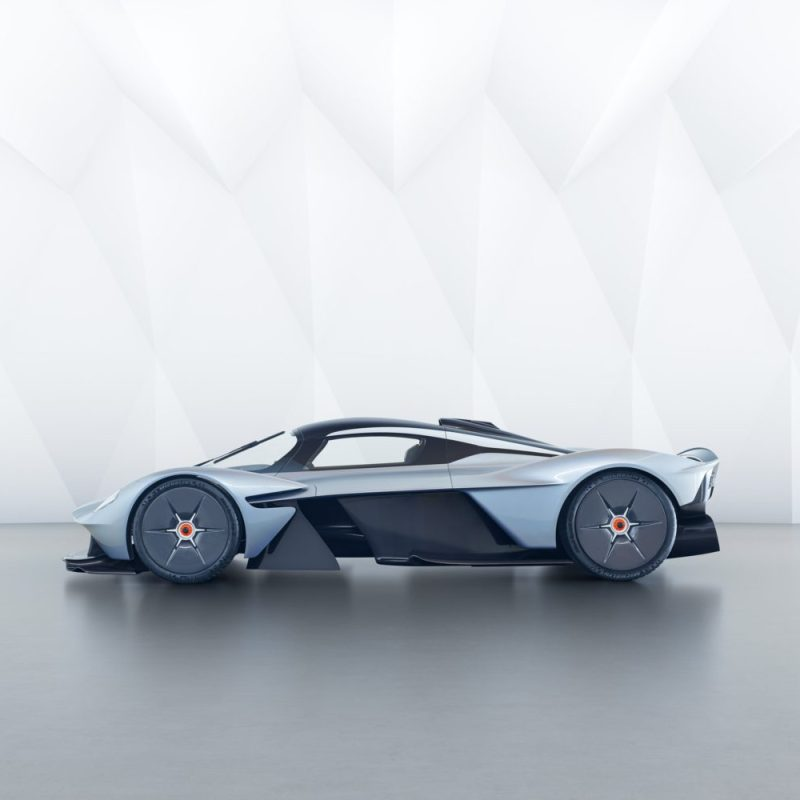 ASTON MARTIN VALKYRIE Test Drive And Review