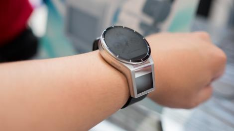 Hands-on review: Lenovo Magic View smartwatch concept