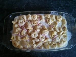 Maggi Ofen-Tortelloni alla panna - Tortelloni mit Schinken und Soße