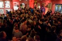 Nach der Eröffnung ist das Foyer in der Schauburg gewohnt sehr voll