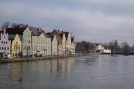 Landshut von der Isar ausgesehen