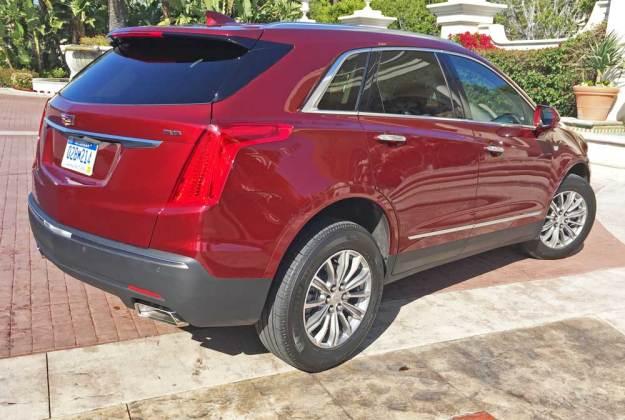 Cadillac-XT5-RSR