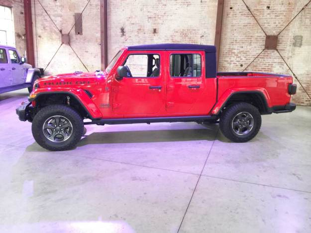 Jeep-Gladiator-Rubicon-LSD