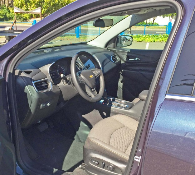 Chevy-Equinox-LT-AWD-Int