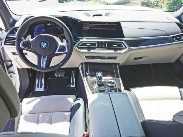 BMW-X7-50i-Dsh