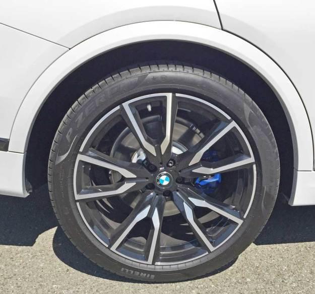 BMW-X7-50i-Whl
