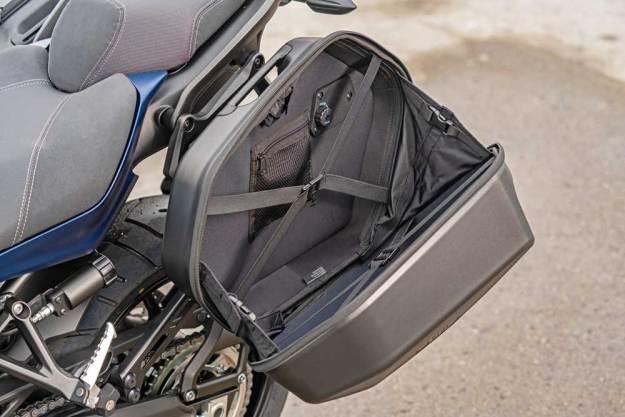 Yamaha--Niken-GT-Bg-Opn