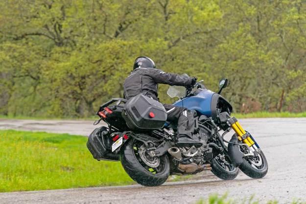 Yamaha--Niken-GT-RSRW