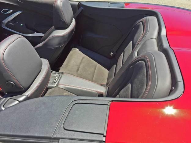 Chevy-Camaro-ZL1-Conv-RInt