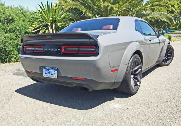 Dodge-Challenger-SRT-Hellcat-Redeye-RSD
