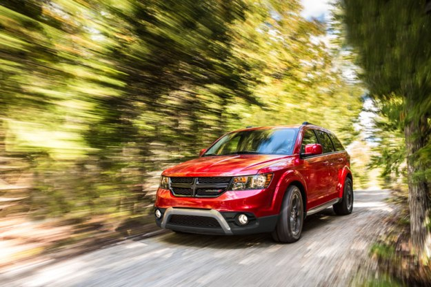 2014-Dodge-Journey-Driving