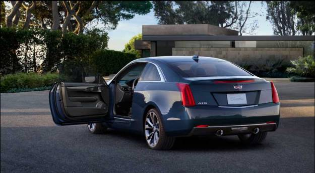 2015-Cadillac-ATScoupe-012