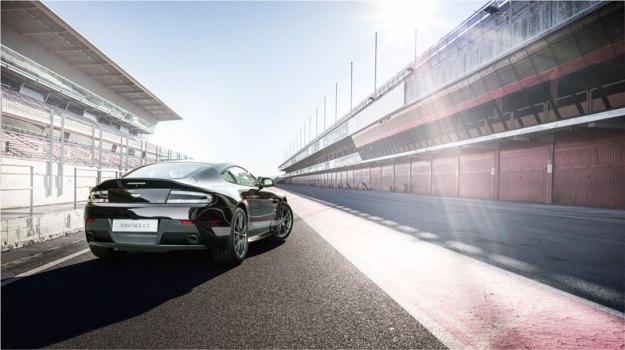 Aston-Martin-V8-Vantage-GT-(2)
