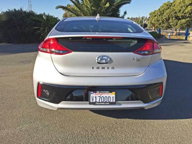 Hyundai-Ioniq-Hybrid-Blue-Tail