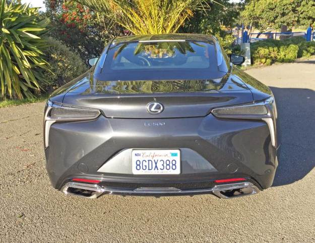 Lexus-LC-500-Coupe-Tail