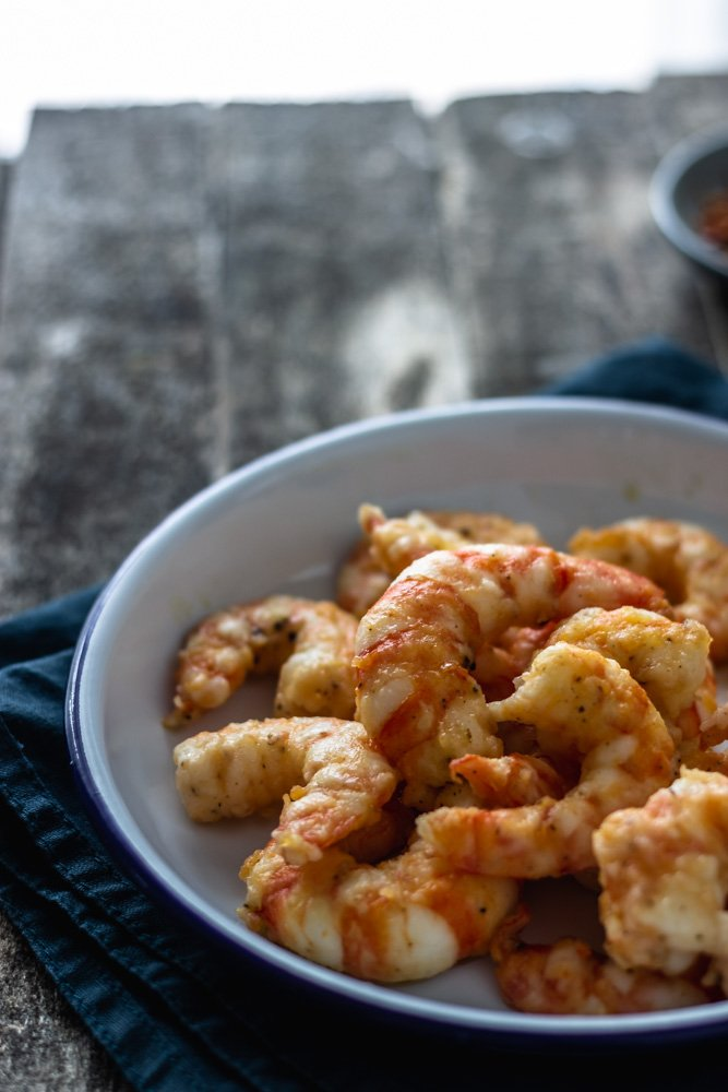 Juicy oven-fried shrimps