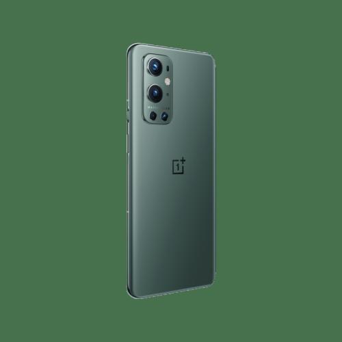 Screen: 6.7 inches, 1440 x 3216 pixels Colors: Pine Green, Morning Mist Main camera: 48MP F1.8 + 8MP F2.4 + 50MP F2.2 + 2MP F2.4 Front camera: 16MP F2.4 Operating system: Android 11; OxygenOS 11 Processor: 2.84 GHz, Octa-core RAM: 12GB LPDDR5 Storage: 256GB UFS 3.1 Battery: 4500mAh, Li-Po