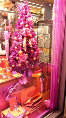 KONEMA CHRISTMAS WINDOW DESIGN TEVIAC ESCAPARATISMO EN BARCELONA www.teviac.wordpress.com escaparates en barcelona (14)