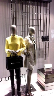 HUGO BOSS ESCAPARATE BORNE BARCELONA PRIMAVERA 2015 #hugoboss #escaparate #borne #outfit #clothing #shop #style #vetrina (1)