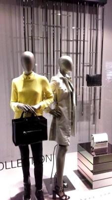 HUGO BOSS ESCAPARATE BORNE BARCELONA PRIMAVERA 2015 #hugoboss #escaparate #borne #outfit #clothing #shop #style #vetrina (1)