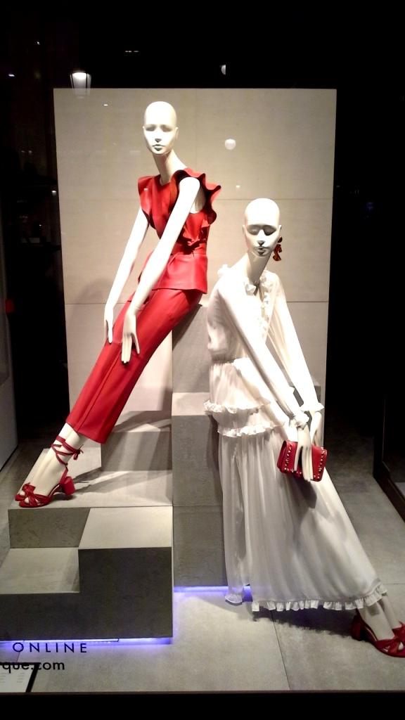 #uterque #escaparate #zara #inditexescaparate #aparadoruterque #artidi #escaparatismobarcelona #vetrina #storewindow #trend #fashion (2)