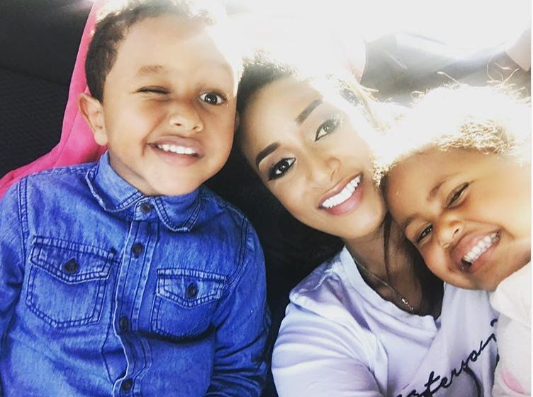 Teddy Afro kids and wife Amletset Muchie enjoy selfie moment