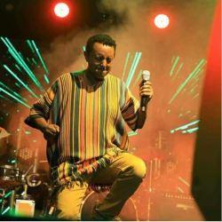Teddy Afro in Bahir Dar (videos)