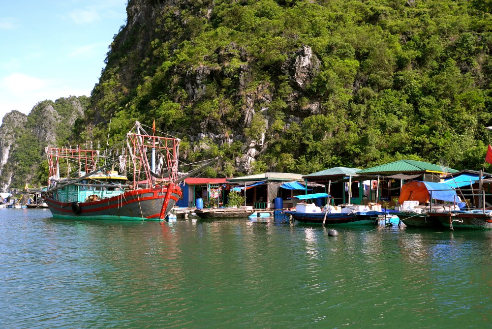 Ha Long Bay (5/6)