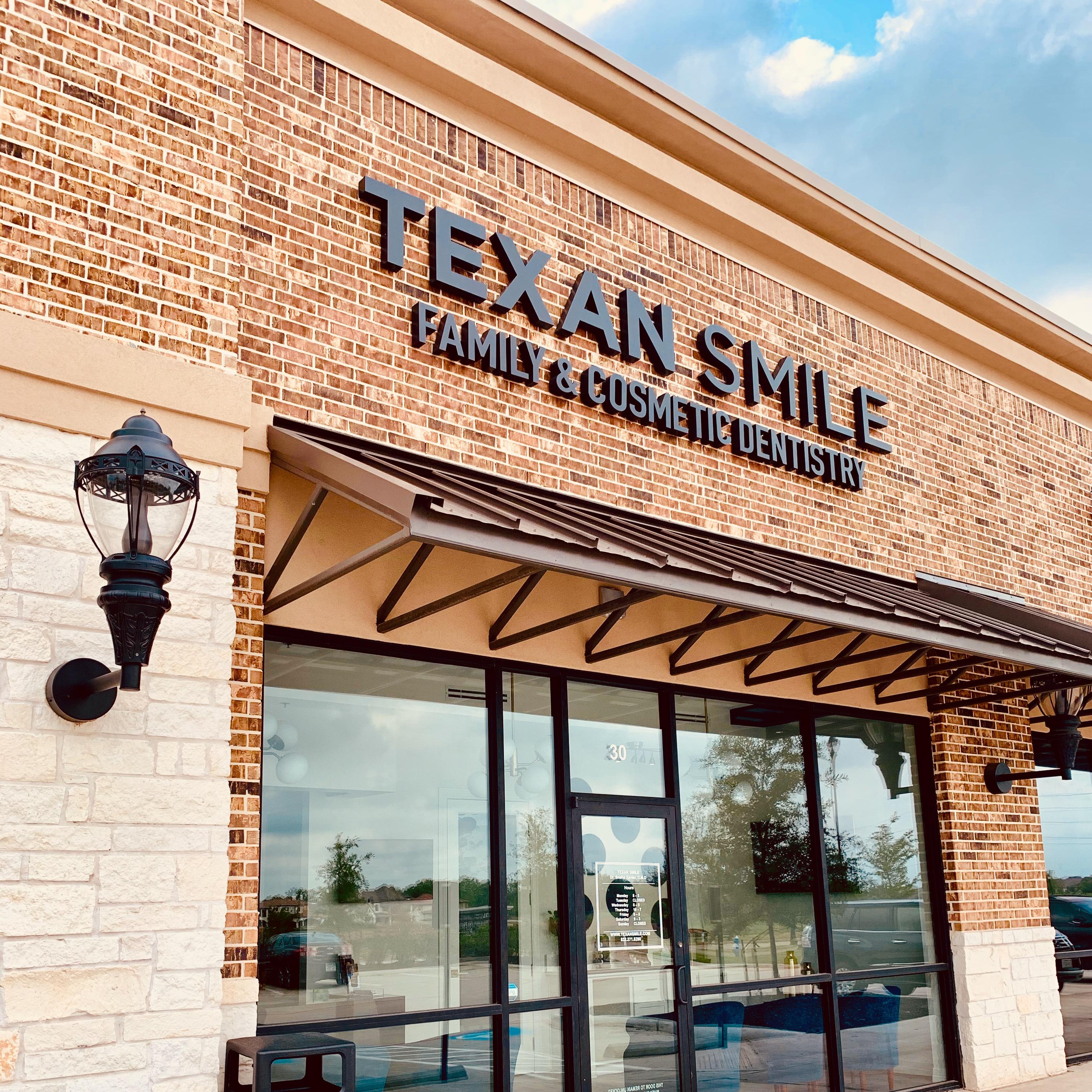 Texan Smile Dentist Sugar Land 77479