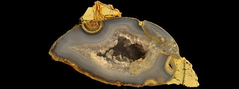 "Rock & Gem Magazine October 2020: ""Captivating Find At The Carver Agate Field"" reviewed"