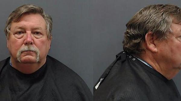 After being arrested for soliciting of a minor, Texas mayor steps aside