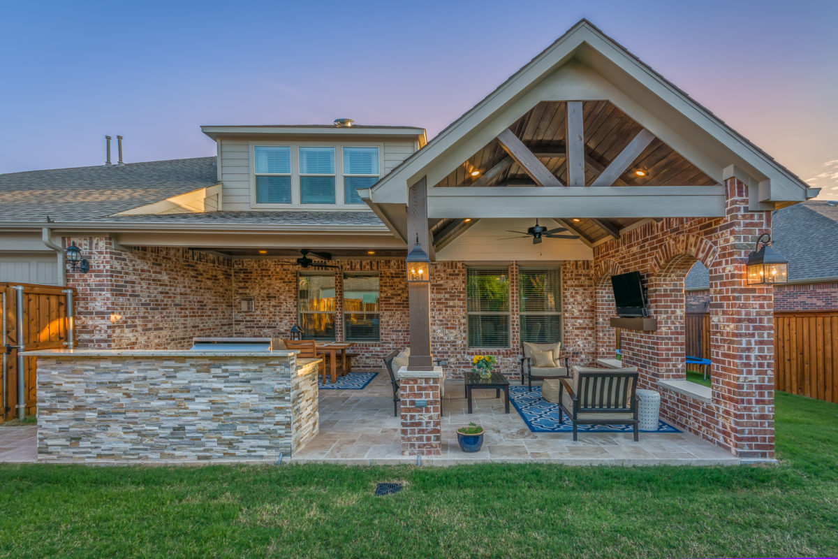 Updated Outdoor Living Area and Kitchen in Allen - Texas ... on Outdoor Kitchen Living Spaces id=19024