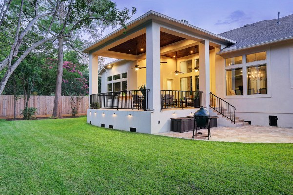 texas outdoor living covered patios Modern Outdoor Living in Bellaire - Texas Custom Patios