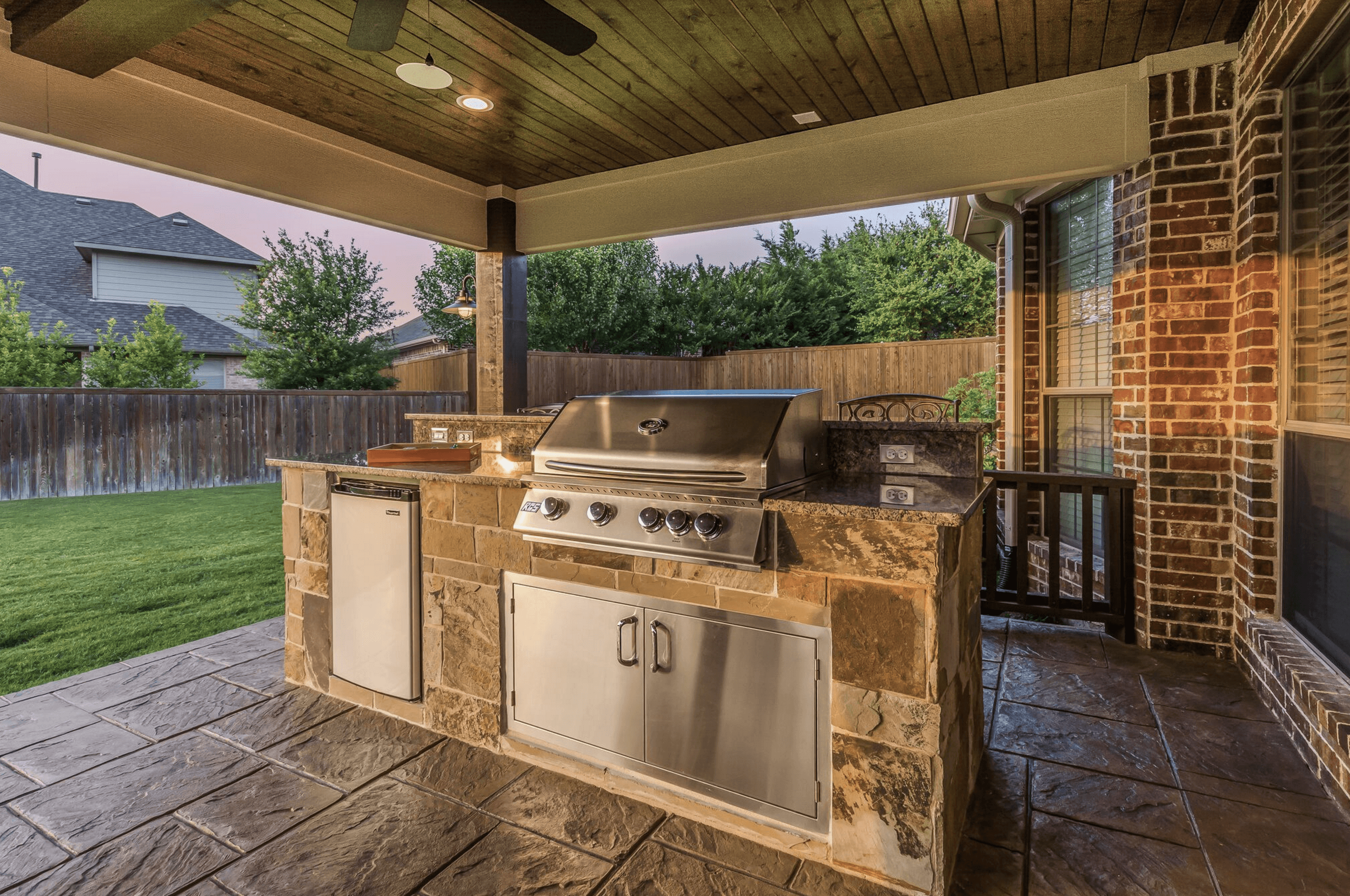 small outdoor kitchen - Texas Custom Patios on Patio Kitchen  id=92930